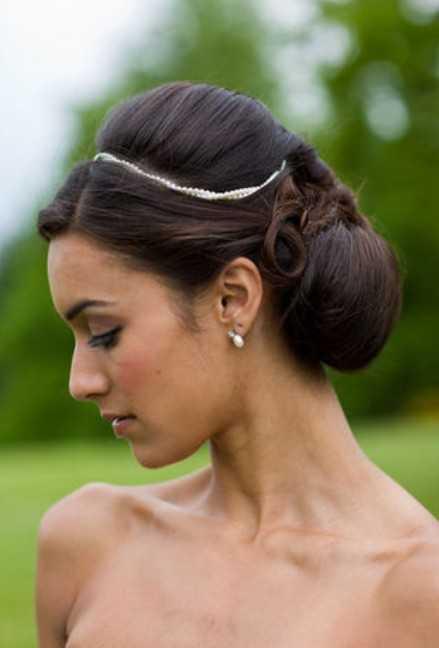 Negro de boda de dama de peinados para el pelo largo