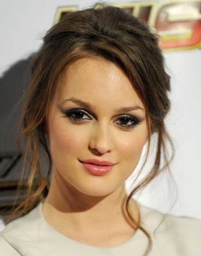 Fácil de dama de peinados para las mujeres hermosas