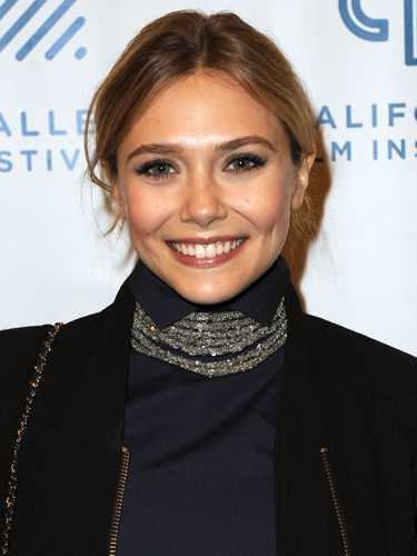 Elizabeth-Olsen-Center-Part-peinados