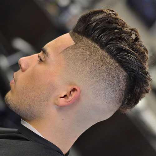 Long natural del pelo hacia atrás