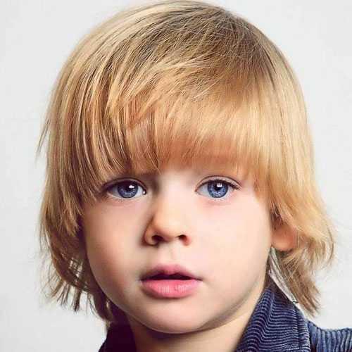 Little Boy largos cortes de pelo