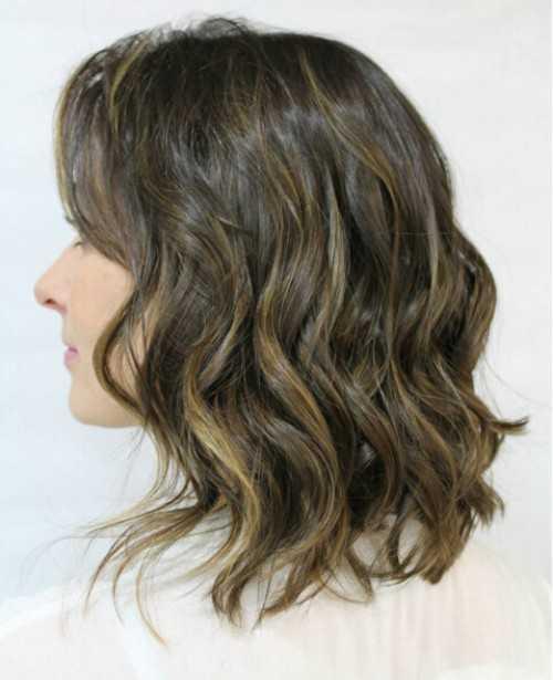 Medio Ondulado Peinado para Cabello castaño