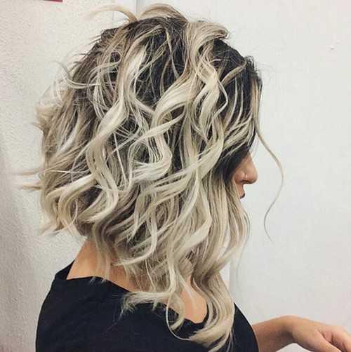 Medio Ondulado Peinado con reflejos
