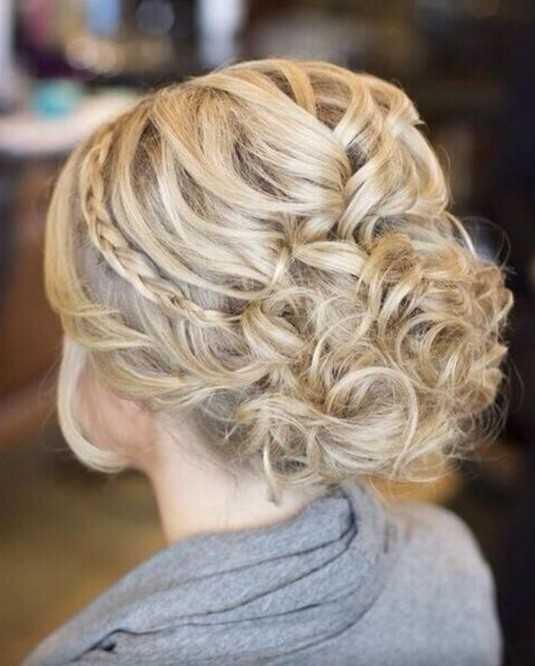Prom peinados para las ideas de pelo largo