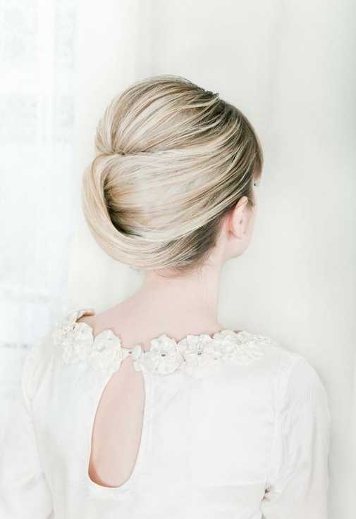 Romantic-Updos-for-Wedding