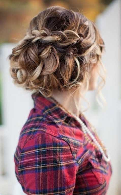 Unique-Looped-High-Volume-Chignon