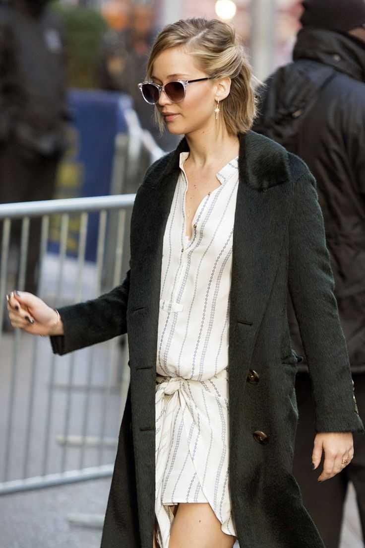 Jennifer-Lawrence-bob-updo-al estilo del peinado calle
