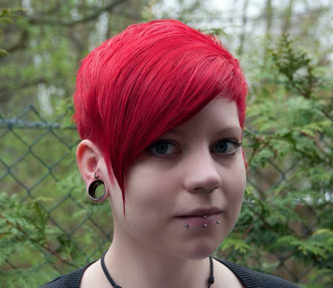 pelo de color rojo