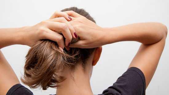 atar el cabello