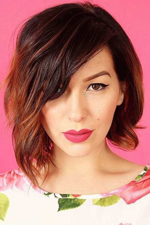 wavy-haircut-for-round-face-shape