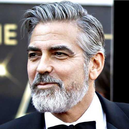 George Clooney de cabellos y barba