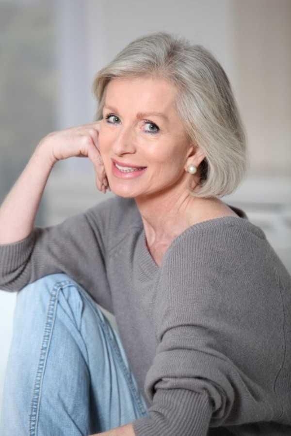 estilos de cabello gris inspirador para las mujeres que tratan de 20.160.091