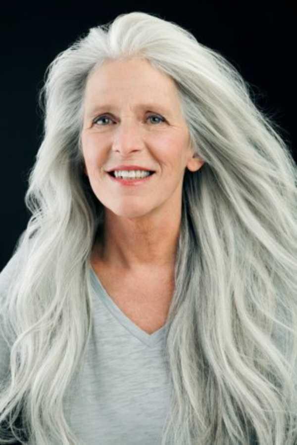 estilos de cabello gris inspirador para las mujeres que tratan de 20.160.321