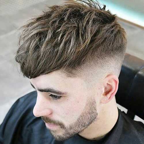 long csar corte de pelo para los hombres
