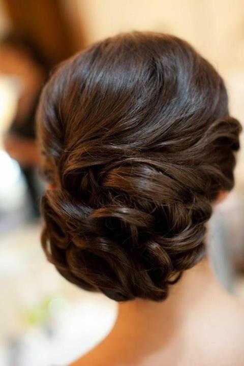 Lovely Prom Updo para el pelo largo