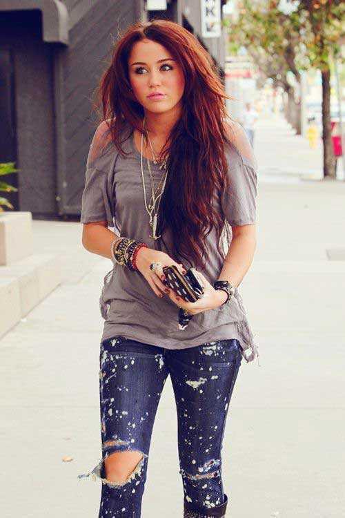 Miley Cyrus pelo rubio largo