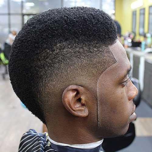 Mohawk corte de pelo para los hombres Negro