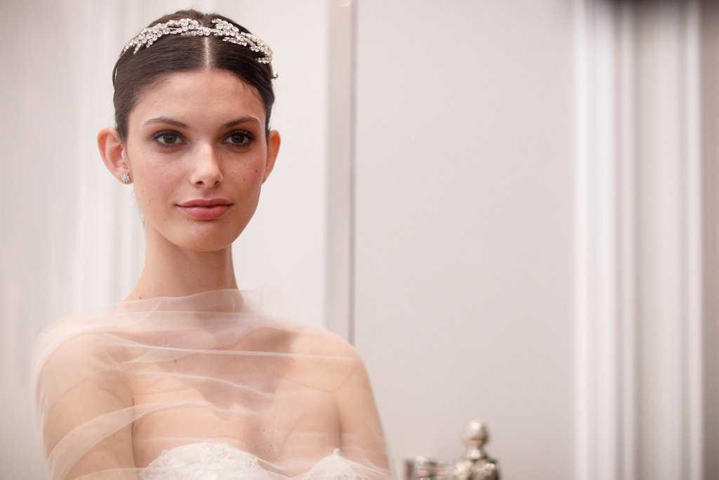 Monique Lhuillier Primavera 2016 peinados de boda