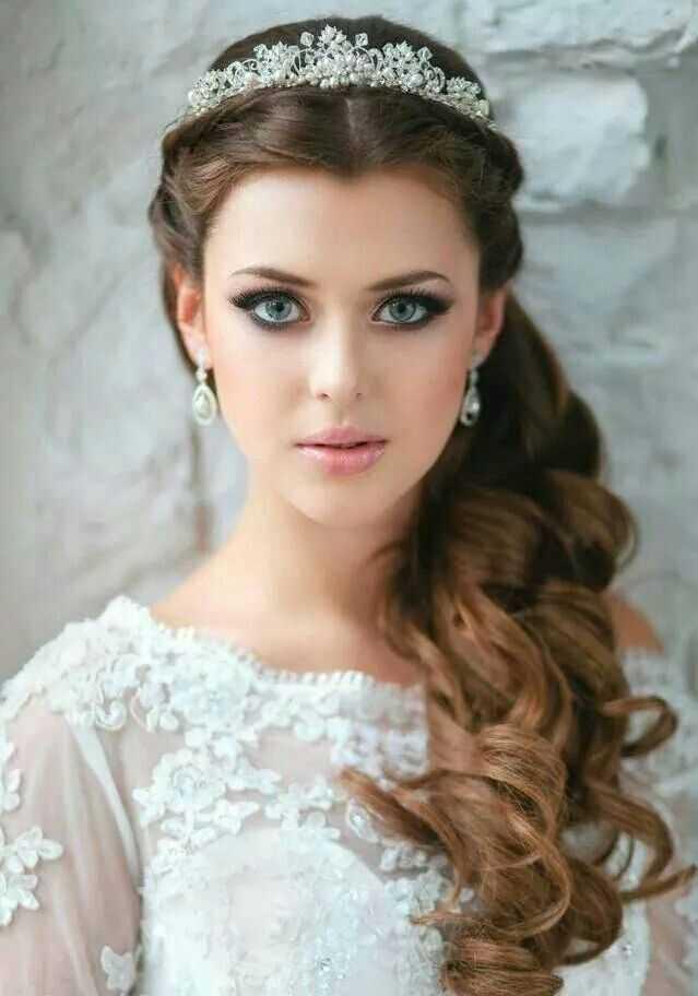 románticos princesas de boda peinados