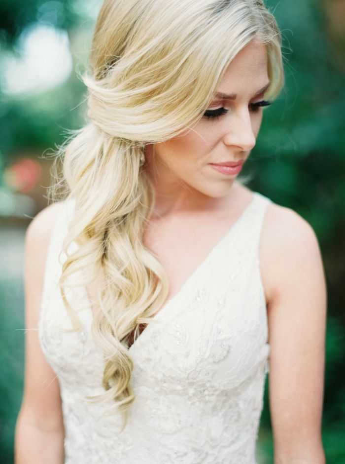 románticos peinados de boda lado