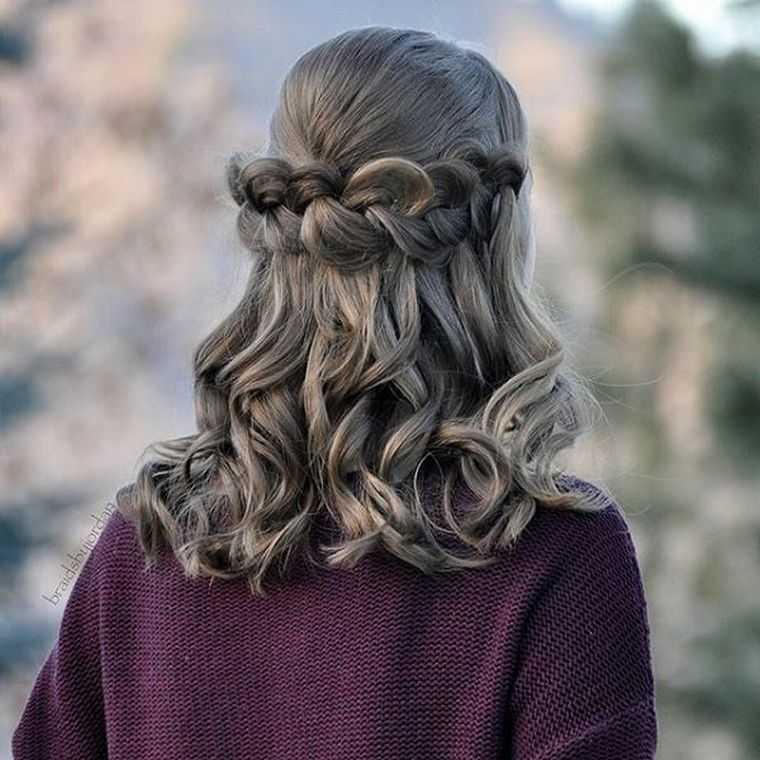 peinado de trenza fáciles mujer de pelo corto