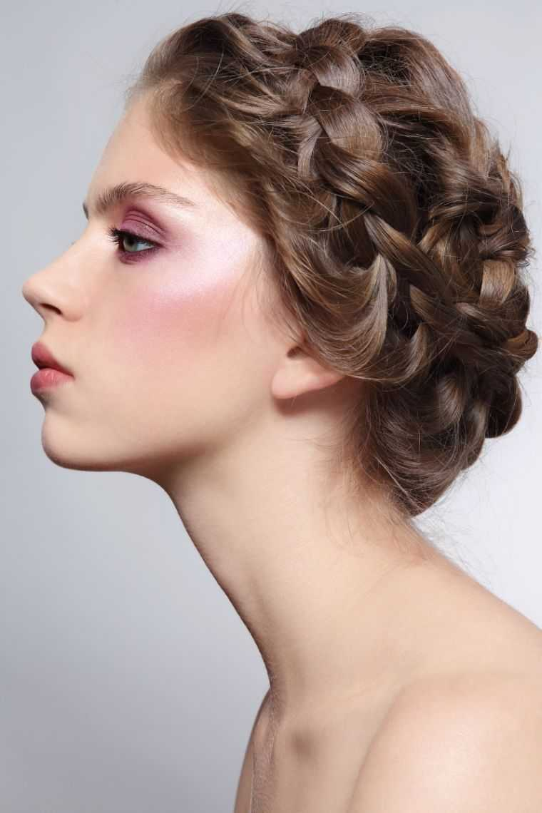 mujer fácil matrimonio corona trenza peinado