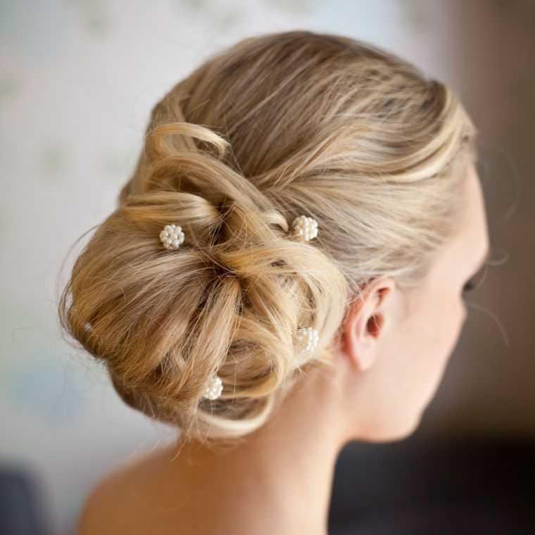 Fotos peinados de novia modelo bollo