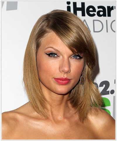 taylor-swift-medio-recto-peinado
