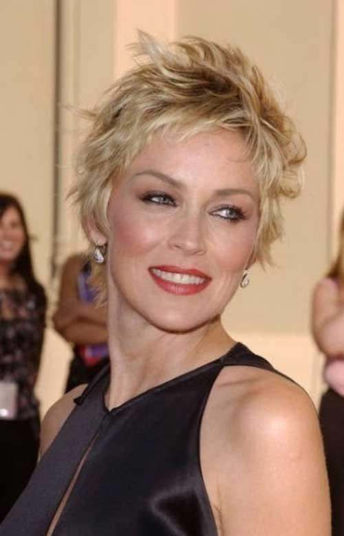 Estilos de pelo corto para mujeres mayores de 40-17