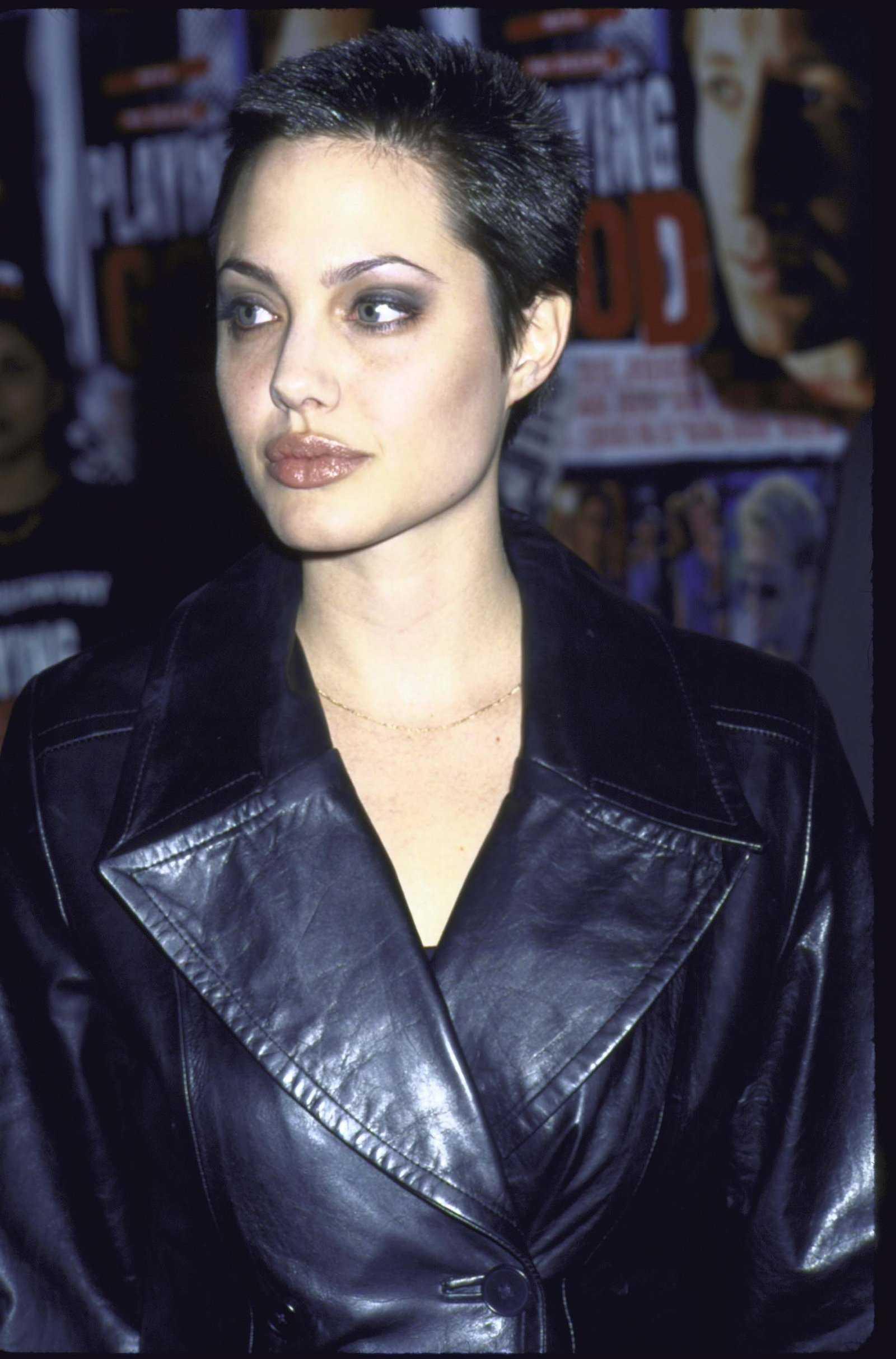 Angelina Jolie peinados Cepillo