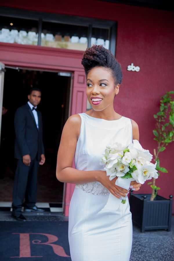 peinados elegantes updo para el matrimonio negro