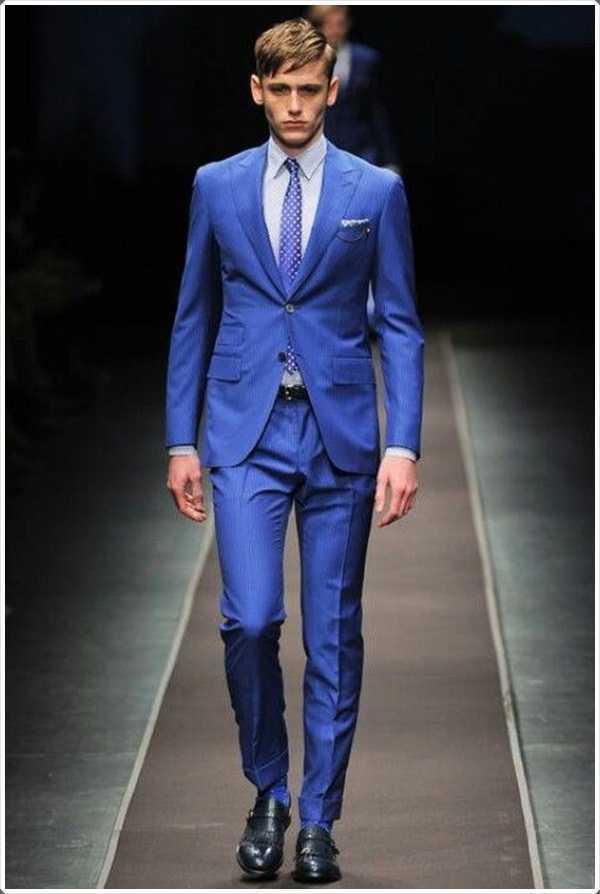 color azul se ve mejor en los jóvenes de hoy en día.