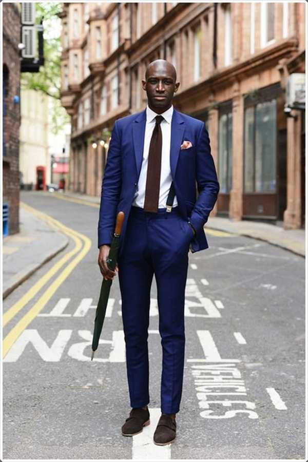 Vas an algún lado? Use un traje azul y impresionar a todos!