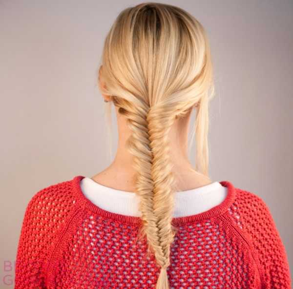How-To-Do-A-Fishtail-French-Braid-For-A-Fresh-Faced-Look0001-1
