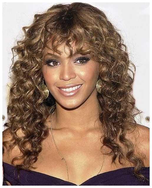 cortes de pelo rizado natural con Bangs rizado natural Peinados para niñas
