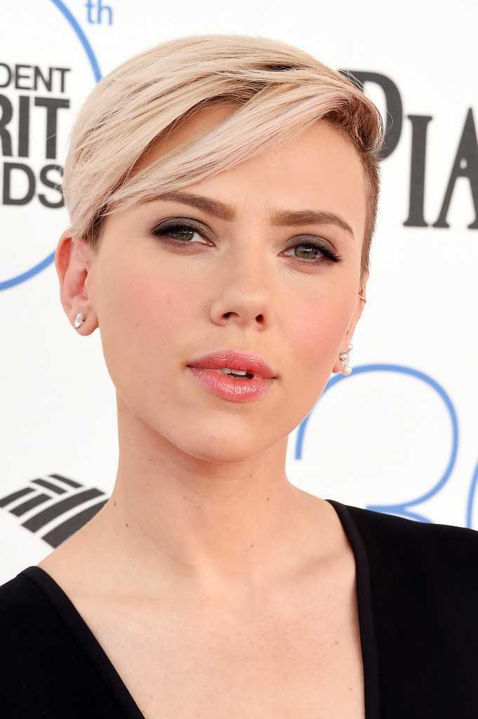 Scarlett Johansson +-short-peinados-Boy-Cut