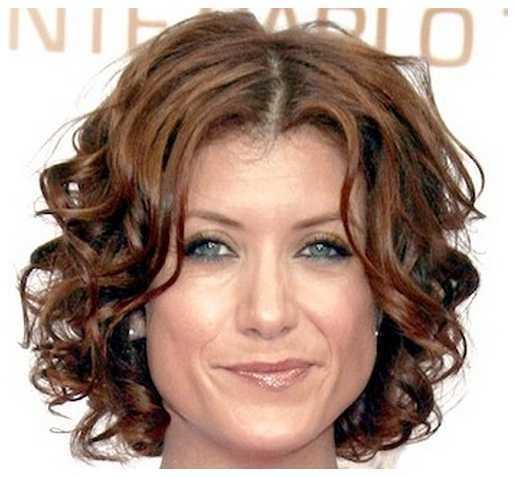 corto y rizado peinados Morenas corto y rizado peinados para las mujeres