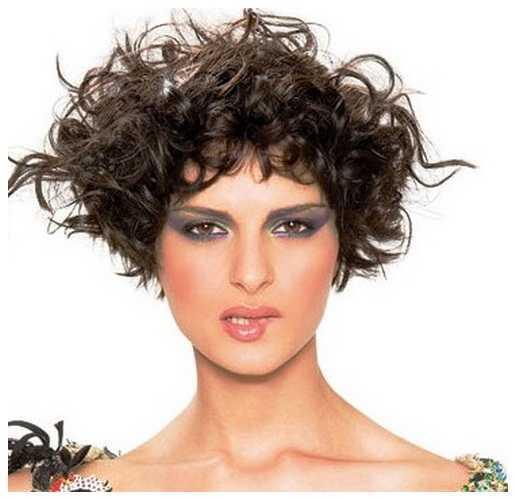 corto y rizado peinados para caras redondas corto y rizado peinados para las mujeres