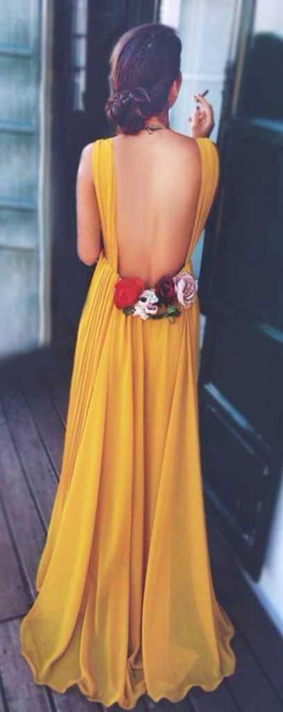 Sin espalda vestido