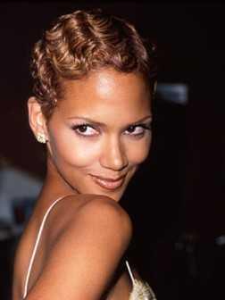 peinado corto elegante para las mujeres negras