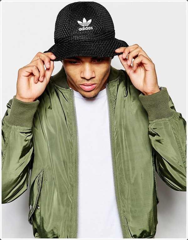 cubo sombreros usados por los jóvenes que se vean callejera