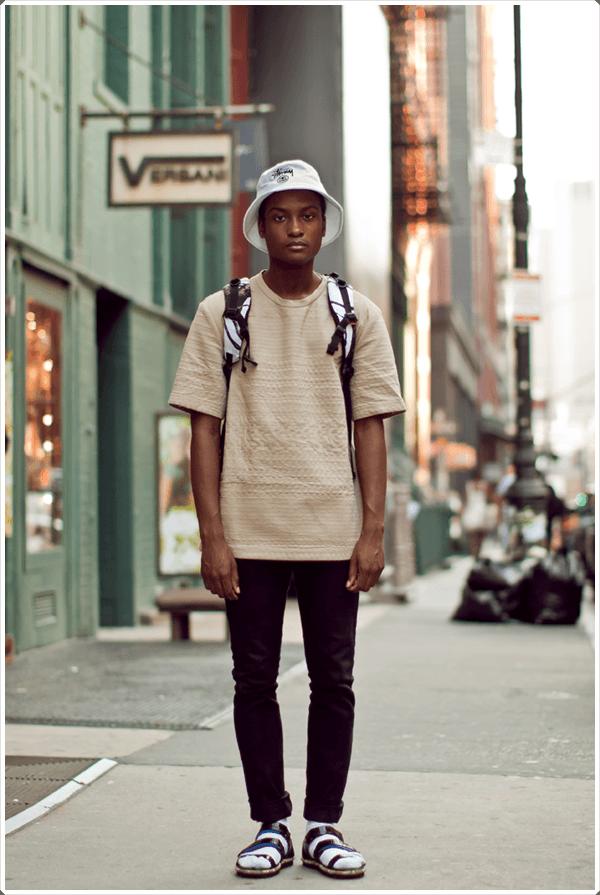 El sombrero del cubo es de moda y práctico