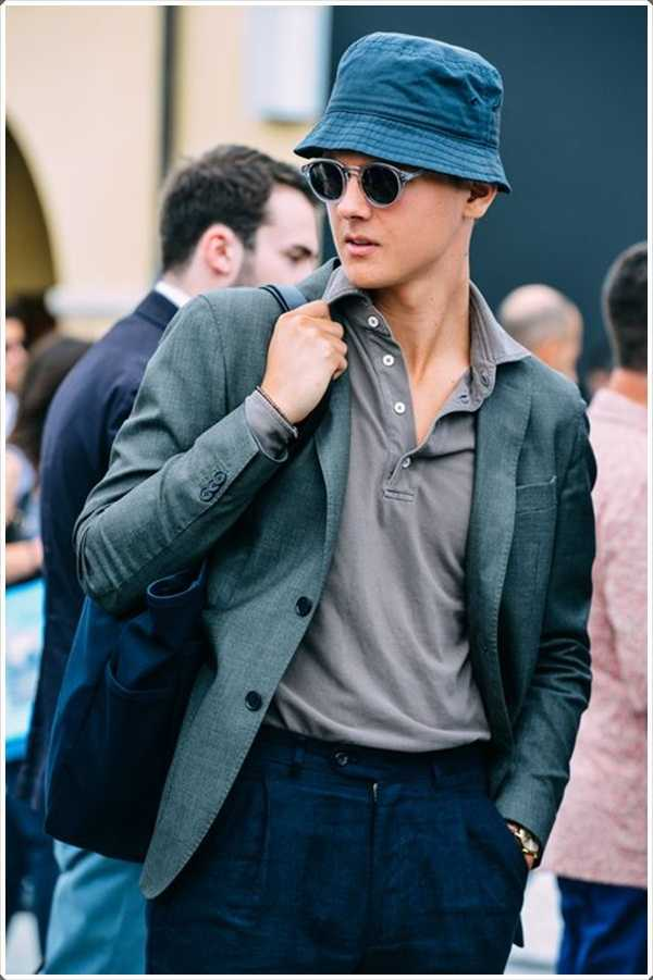 El sombrero del cubo da un aspecto formal cuando se usa con un abrigo