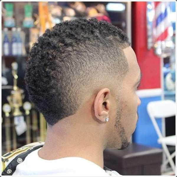 corte de pelo fauxhawk es una impresionante corte de pelo para el pelo corto
