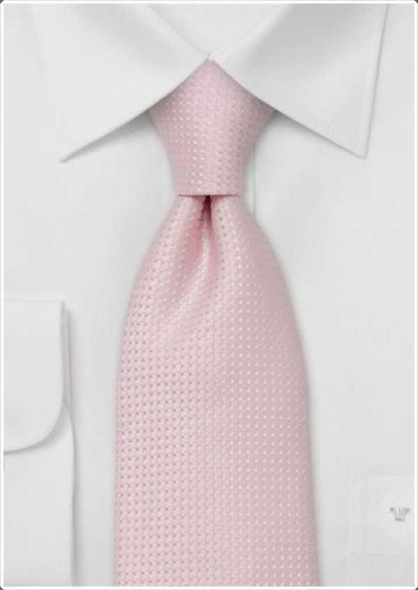 sencilla camisa y corbata de color rosa -. simple pero elegante