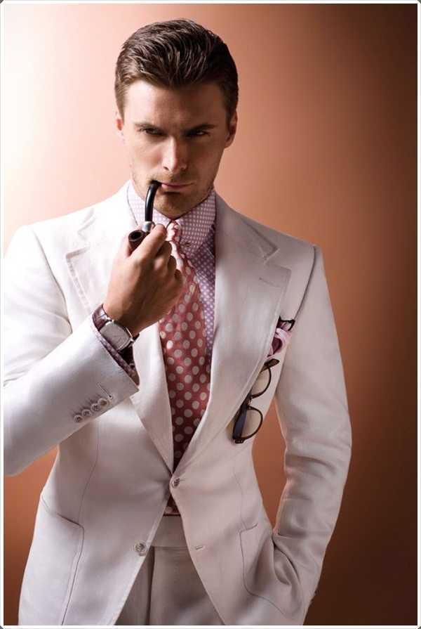 lazos de color rosa puede ser una declaración perfecta para su personalidad audaz
