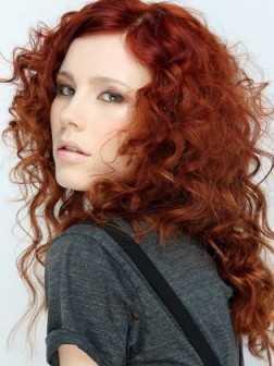 pelo rojo con rizos