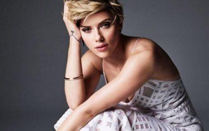Estilo Scarlett Johansson corto Updo de pelo
