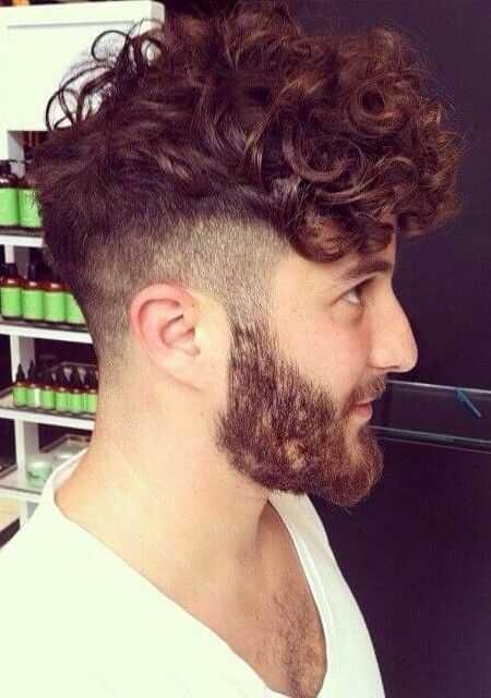Curly peinados para los hombres