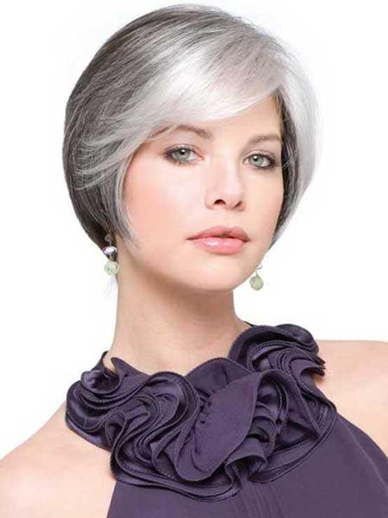 mujeres con el pelo gris